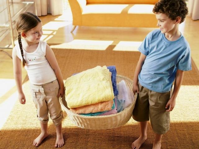 Приучаем ребенка выполнять домашние обязанности