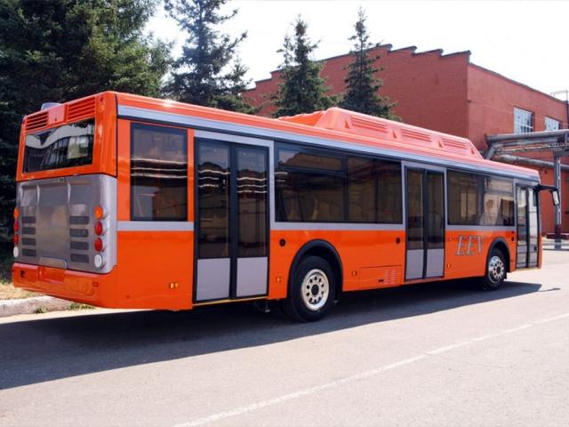 Автобус № 587 (г. Кировск – д. Назия)